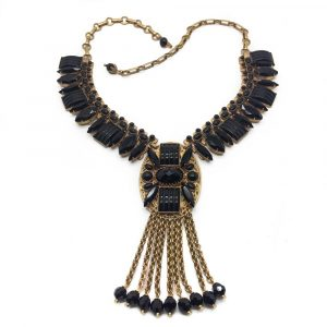 vintage costume jewellery | askew collar