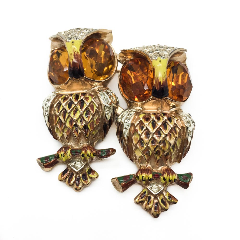 A Vintage Corocraft Hoots Duette brooch