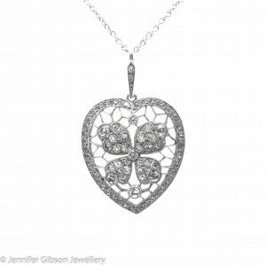 Antique Heart Four Leaf Clover Pendant Necklace