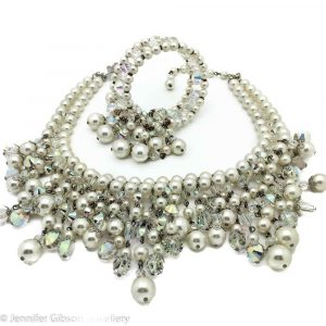 VINTAGE COSTUME JEWELLERY VENDOME PEARL DEMI PARURE 1950