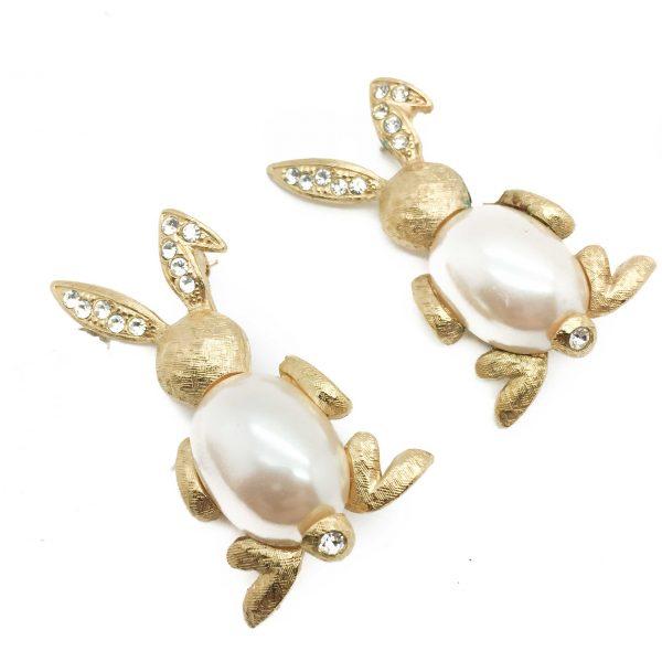 Vintage Jewelry Jewellery Vintage Costume Jewellery Vintage Brooch Richelieu Rabbit Bunny Jelly Belly Pearl Brooch