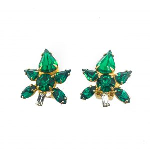 Emerald Flower Earrings, Vintage earrings, vintage jewellery, emerald green