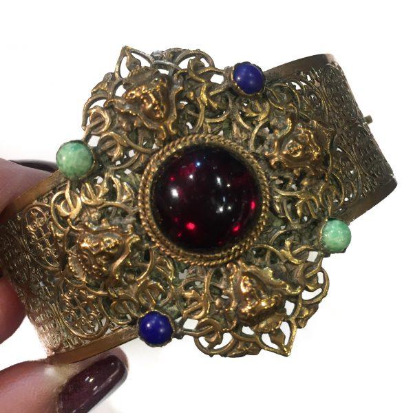 Czech Vintage Bangle, Czech jewellery, Vintage Costume Jewellery, Vintage Jewellery, Vintage Necklace, Vintage Jewelry, Jewellery Shop, Costume Jewellery, Vintage Costume Jewellery