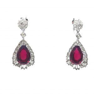 Boucher Earrings, Vintage Costume Jewellery, Vintage Jewellery, Vintage Necklace, Vintage Jewelry, Jewellery Shop, Costume Jewellery, Vintage Costume Jewellery