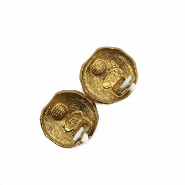 Chanel Vintage Earrings, Vintage Chanel, Chanel Earrings, Chanel Logo, Chanel Jewellery, Vintage Costume Jewellery, Vintage Jewellery, Vintage Necklace, Vintage Jewelry, Jewellery Shop, Costume Jewellery, Vintage Costume Jewellery