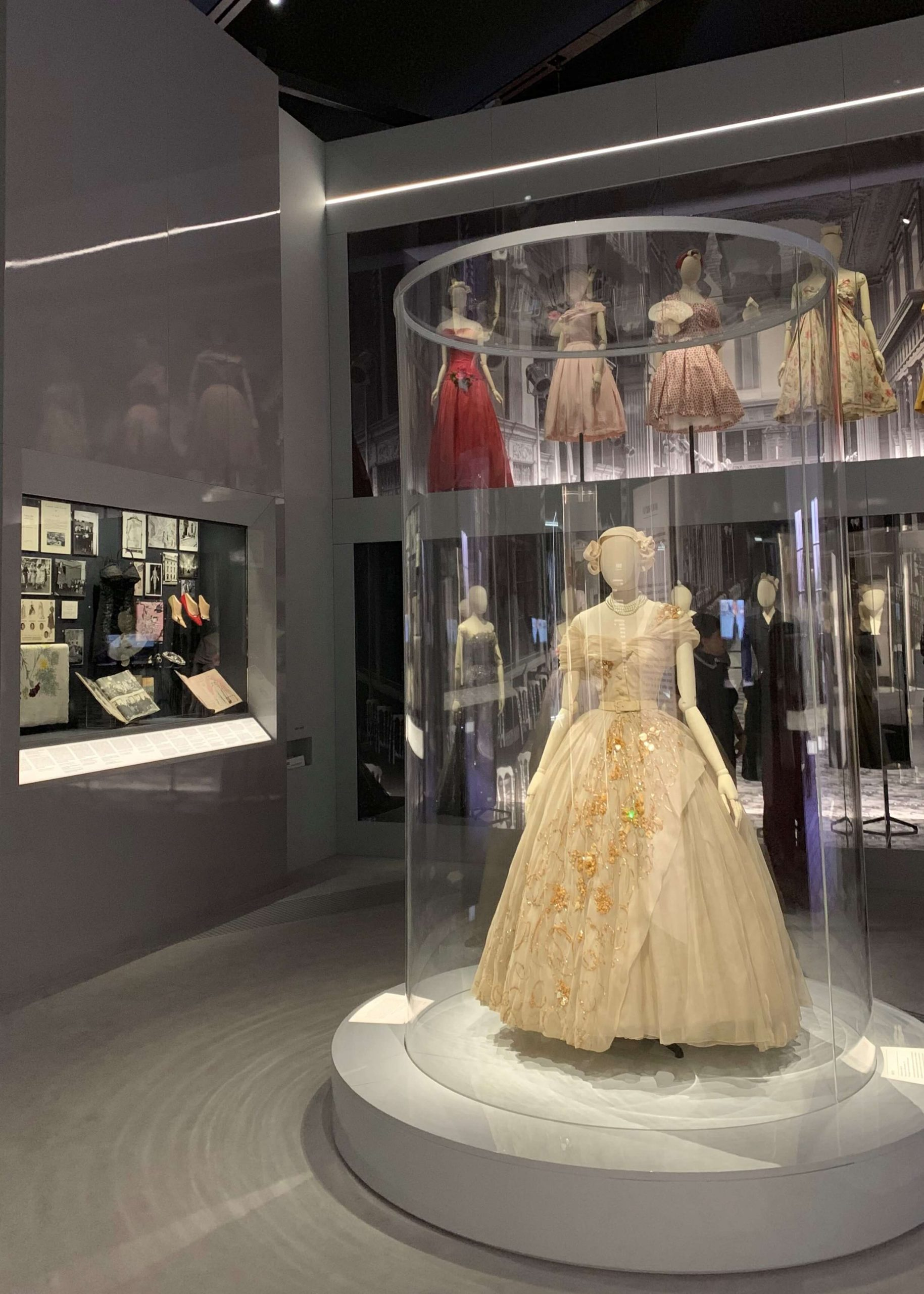 Christian Dior Designer of Dreams Exhibition Catolgue Publication Jennifer Gibson Jewellery Bal Des Oiseaux Suite, Dior In Britain Section, Loan Acknowledgement