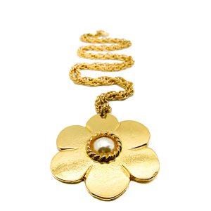 Vintage Pinky Paris Flower Necklace