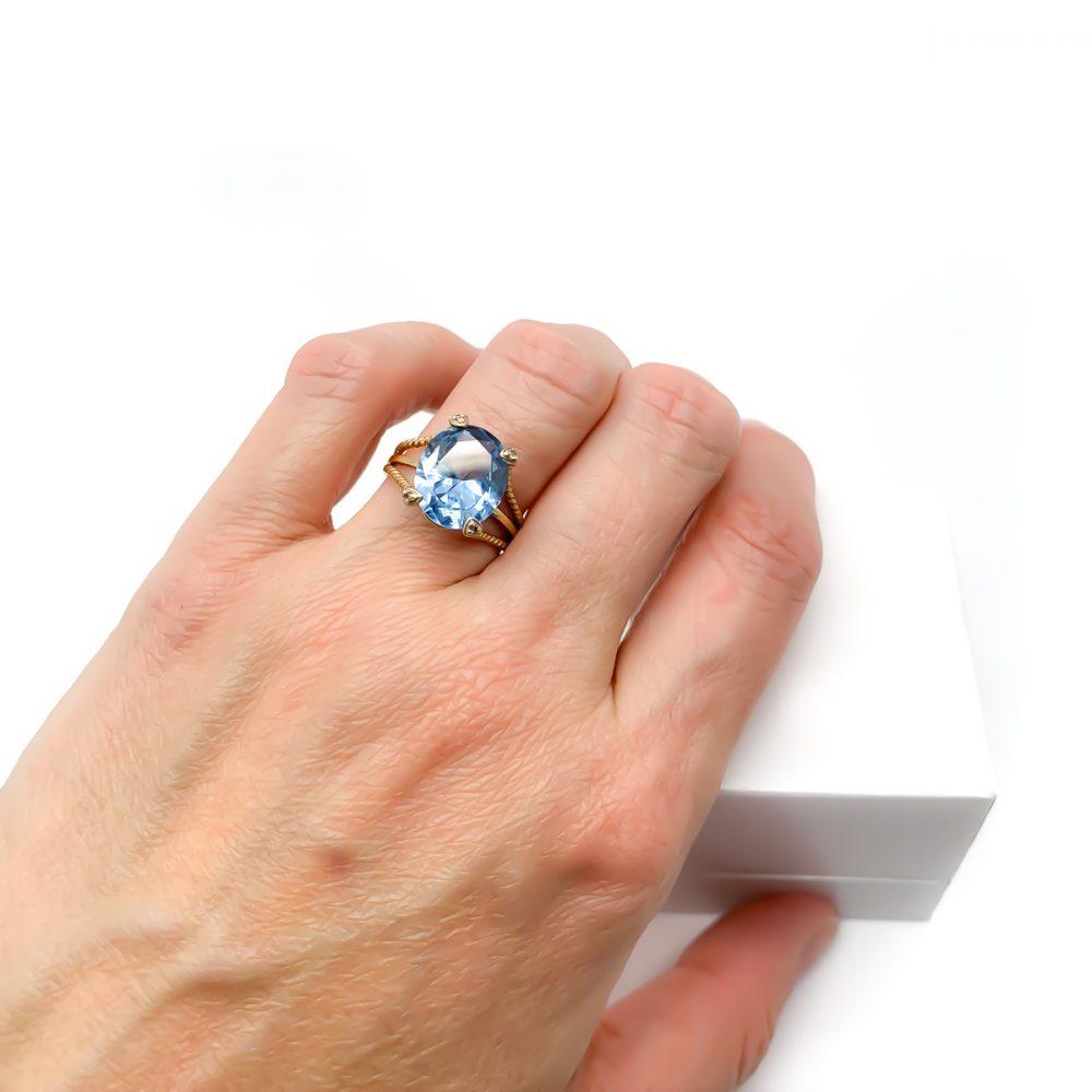 Vintage 9ct Gold Blue Paste Ring