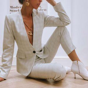Jennifer Gibson Vintage Jewellery Vintage Chanel CC Logo Drop Earrings 678 (3)