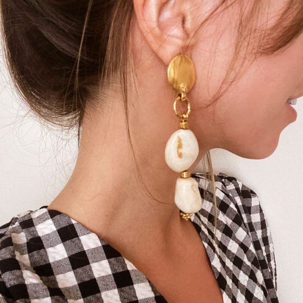 Vintage Chanel Gold Pebble Logo Ear