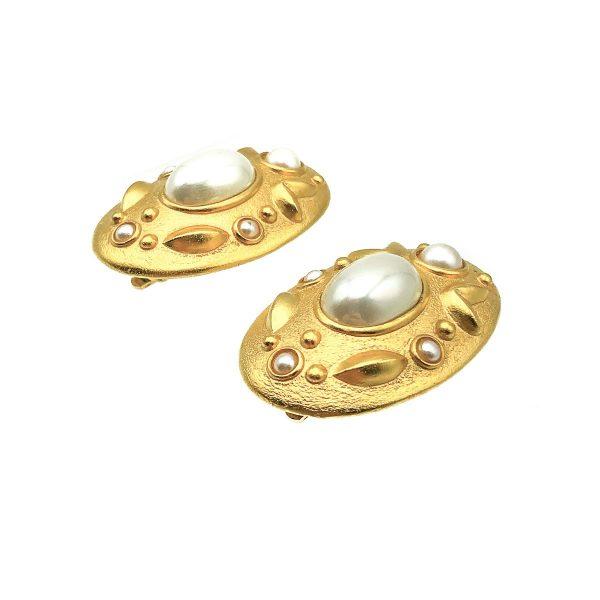 Vintage Etruscan Pearl Earring