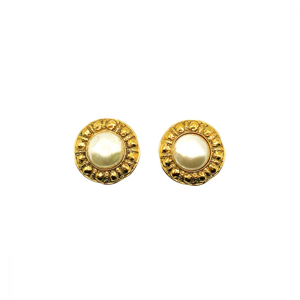 Vintage Chanel Etruscan Pearl Earrings