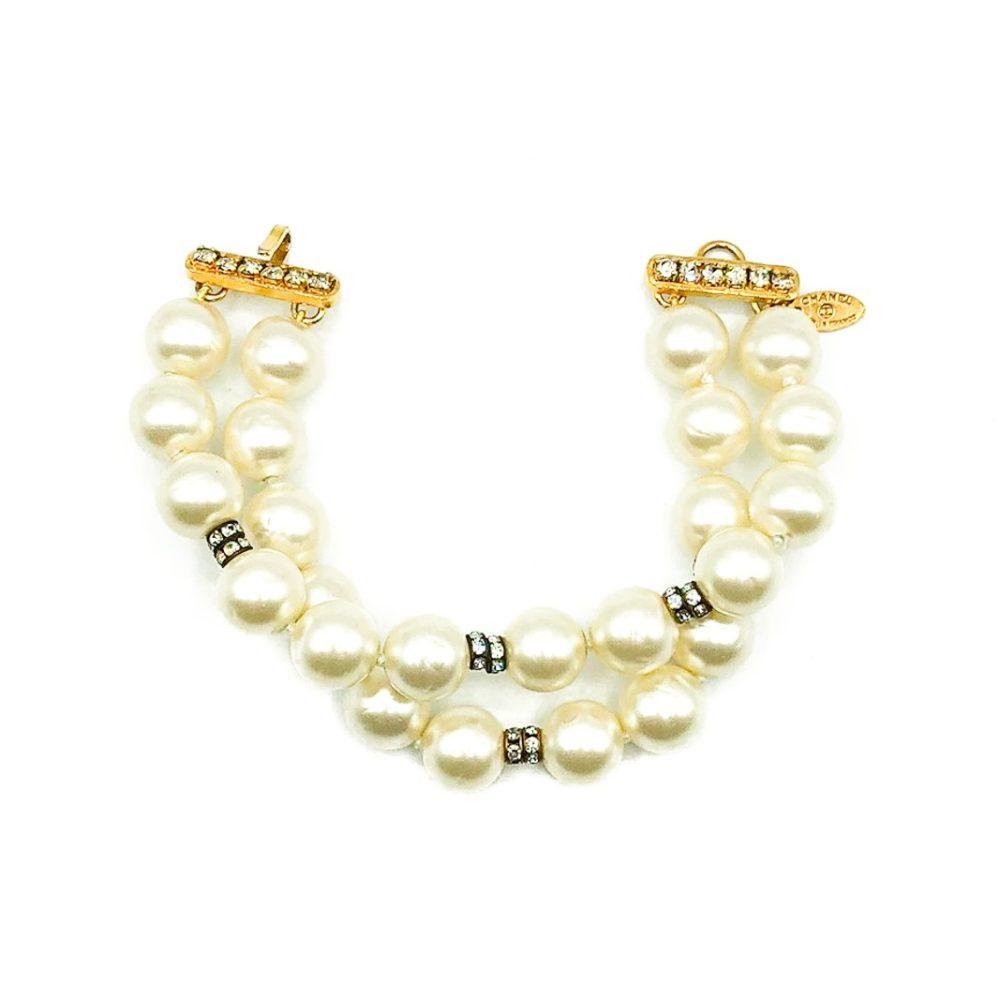 Jennifer Gibson Jewellery Vintage Chanel Pearl Bracelet