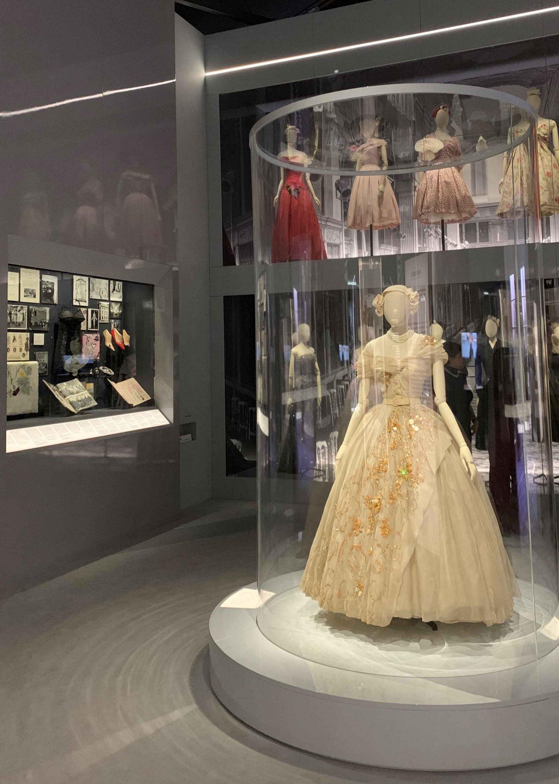 Selfridges Resellfridges The Wedding -Jennifer Gibson Jewellery Vintage Bridal Edit 4